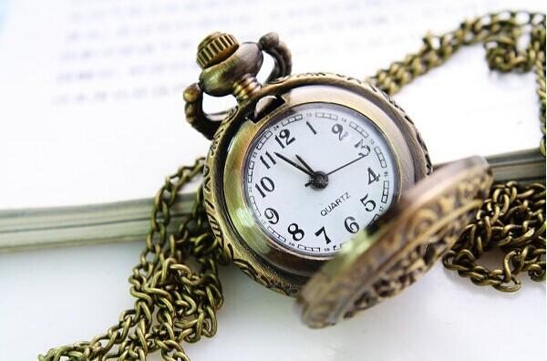 Часы на цепочке Звезды